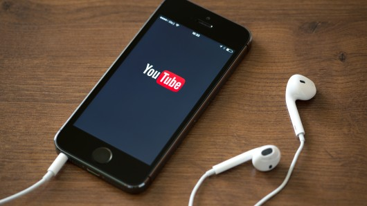 youtube iphone smartphone
